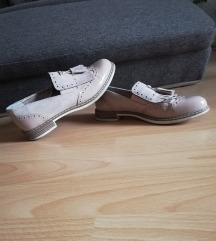 Bež čevlji 38