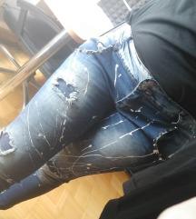 Jeans hlače - bele packe