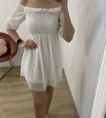 Bela oblekica S