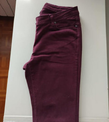 Bordo jeans hlače