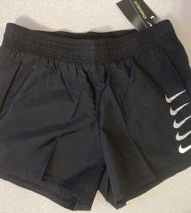 Nike ženske kratke hlače/NOVO!