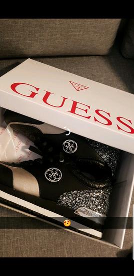 Guess cevlji