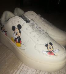 Zara Disney