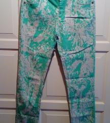 Paint splashed skinny jeans kavbojke