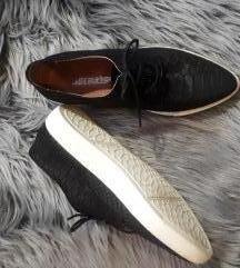 Usnjeni čevlji