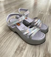 90s holographic platforme