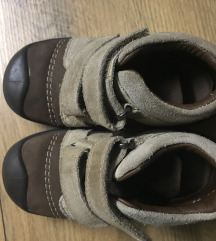 Čevlji za otroka 22