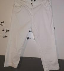 Bele kapri hlače