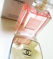 Chanel MADEMOISELLE in Chanel paletka