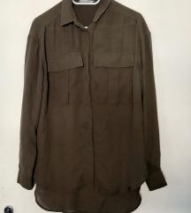 Temno zelena srajca