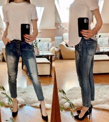 Styling (Zara, Parfois, jeans)