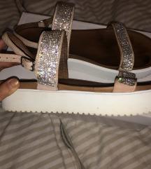 Mass čevlji