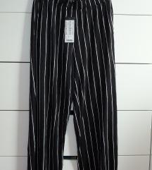 NOVE hlače AMISU, vel. 38