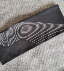 NOV Črn H&M športni trak za ušesa