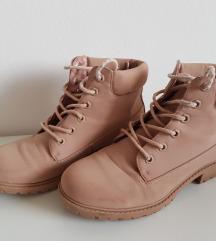 Pudrasto roza gležnarji/škornji št.39