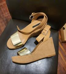 Zara sandali s polno peto