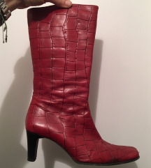 Rdeči vintage škorenjčki iz pravega usnja