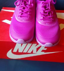 Novi Nike airmax Thea 38