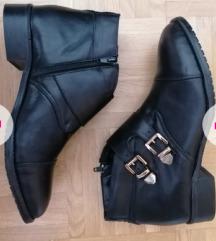 10€AKCIJA *Modna obutev