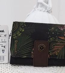 DESIGUAL, DENARNICA, ORIG., STALA JE 49,95€