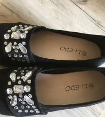 novi mass čevlji