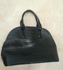 Črna torba - umetno usnje
