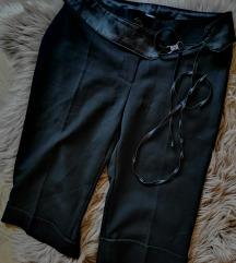 Svečane kapri hlače S