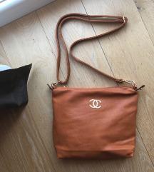 Coco CHANEL torbica v oker barvi