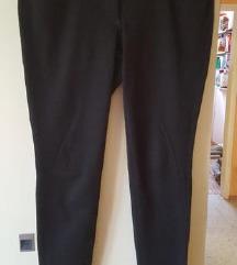dolge črne hlače