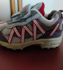 Otroški športni čevlji št.22