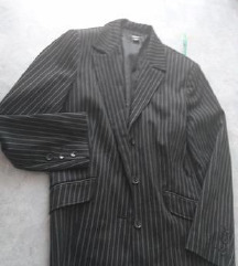 Črn top progast suknič