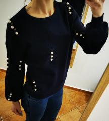 Temno moder puloverček s perlicami