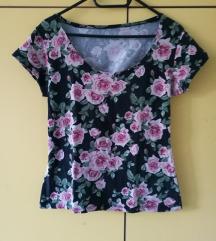 rožasta majica