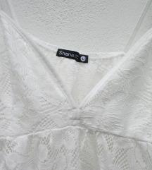 Bela čipkasta majica