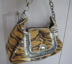 Tigrasta torbica