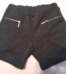 vzorčaste kratke hlače z okrasnimi zadrgami