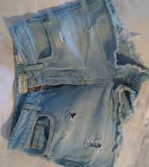 Kratke jeans hlače (highwaist)