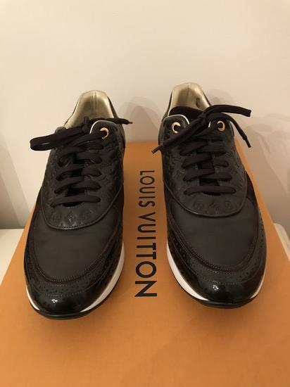 REZ. Louis Vuitton superge- mpc 950 evrov