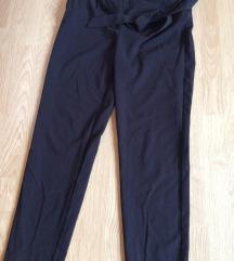 Only črne hlače
