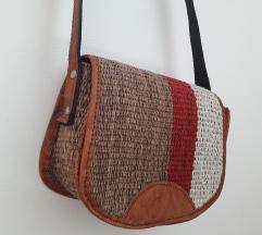 Manjša torbica iz Afrike