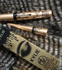 Eyeliner + maskara kylie