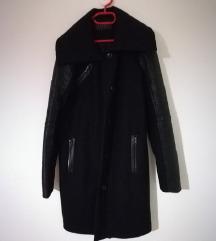 Esprit črn zimski plašč