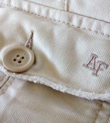 ZNIZANO !! A&F komplet = kratke hlace + t-shirt
