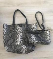Siva torbica - kačji vzorec