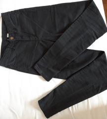 Črne hlače z visokim pasom (napisane mere) ☀️