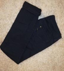 temno modre jeans