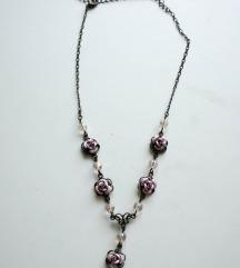 ogrlica z vrtnicami