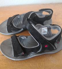 Novi športni sandali