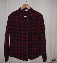 Urban Outfitters karirasta srajca