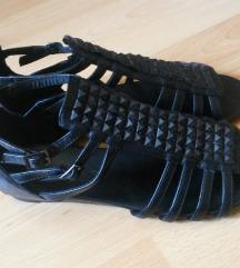 Črne sandale